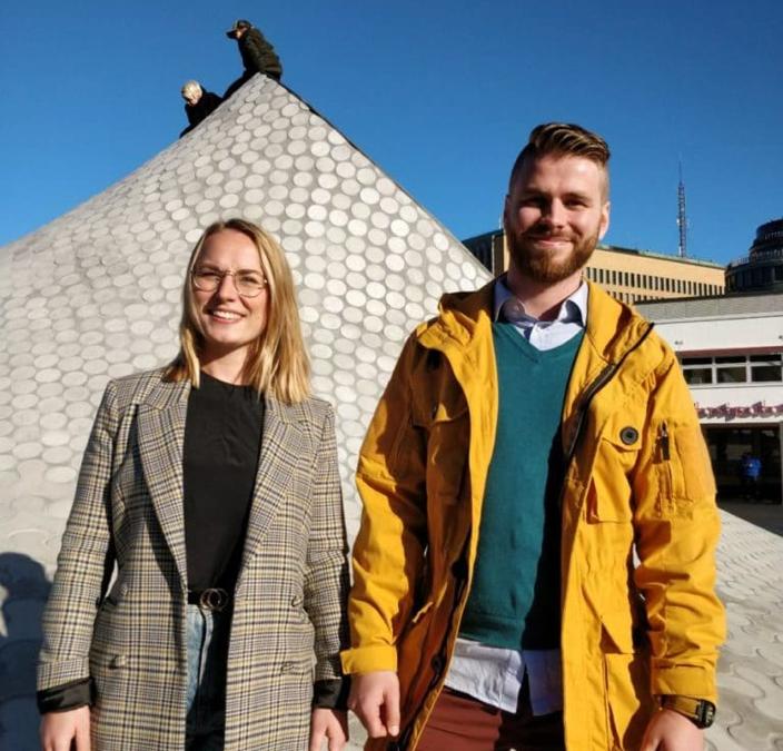 Stina Wahlsten och Simon Granroth vill ställa upp i riksdagsvalet