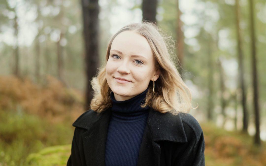 Anna Hellberg är Svensk Ungdoms nya kommunikatör