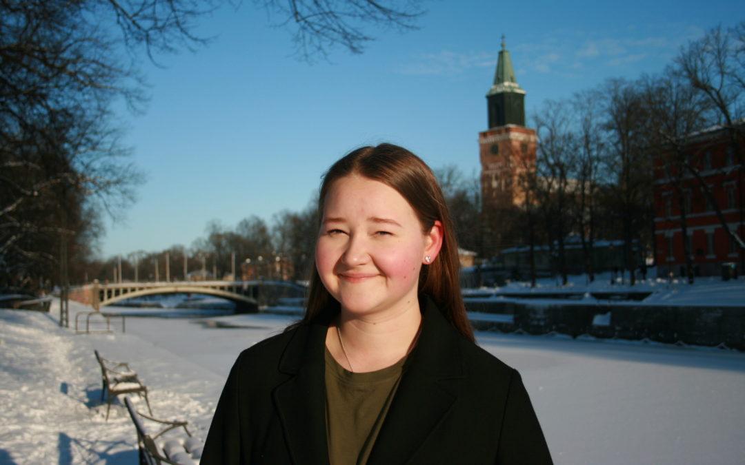 Veera Granroth vill fortsätta som Svensk Ungdoms vice ordförande